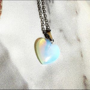💕Opal heart pendant necklace💕